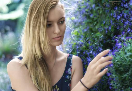 Flowery girl vol. 2 - portrait