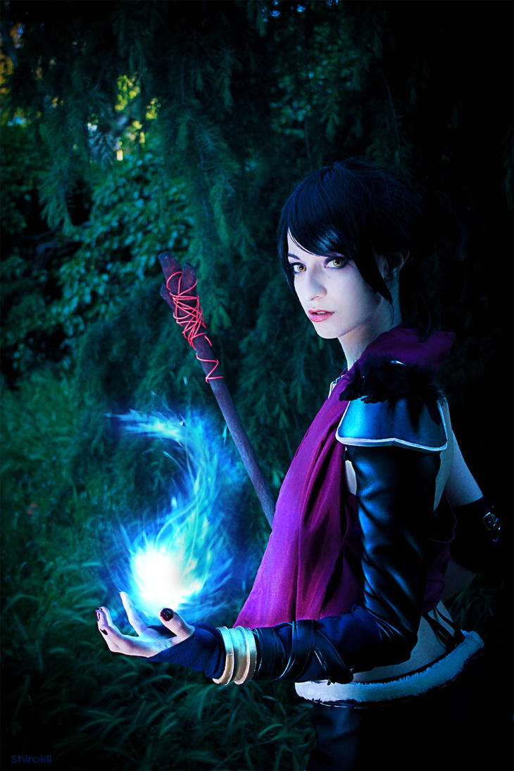 Morrigan - Dragon Age by Shirokii