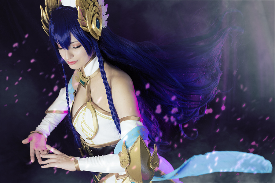 Irelia Divine Sword - League of Legends by Shirokii