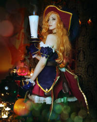 Bewitching Miss Fortune  League of Legends Cosplay