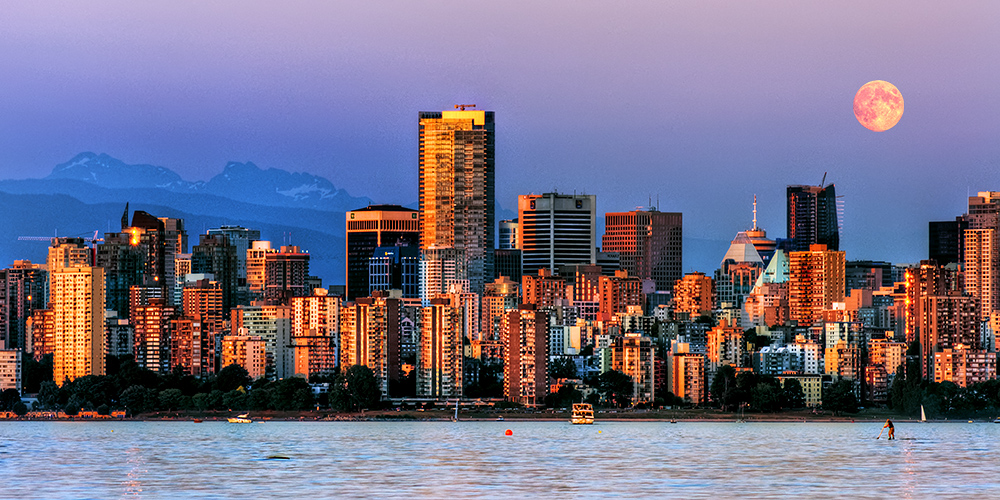 Vancouver Moonrise by IvanAndreevich
