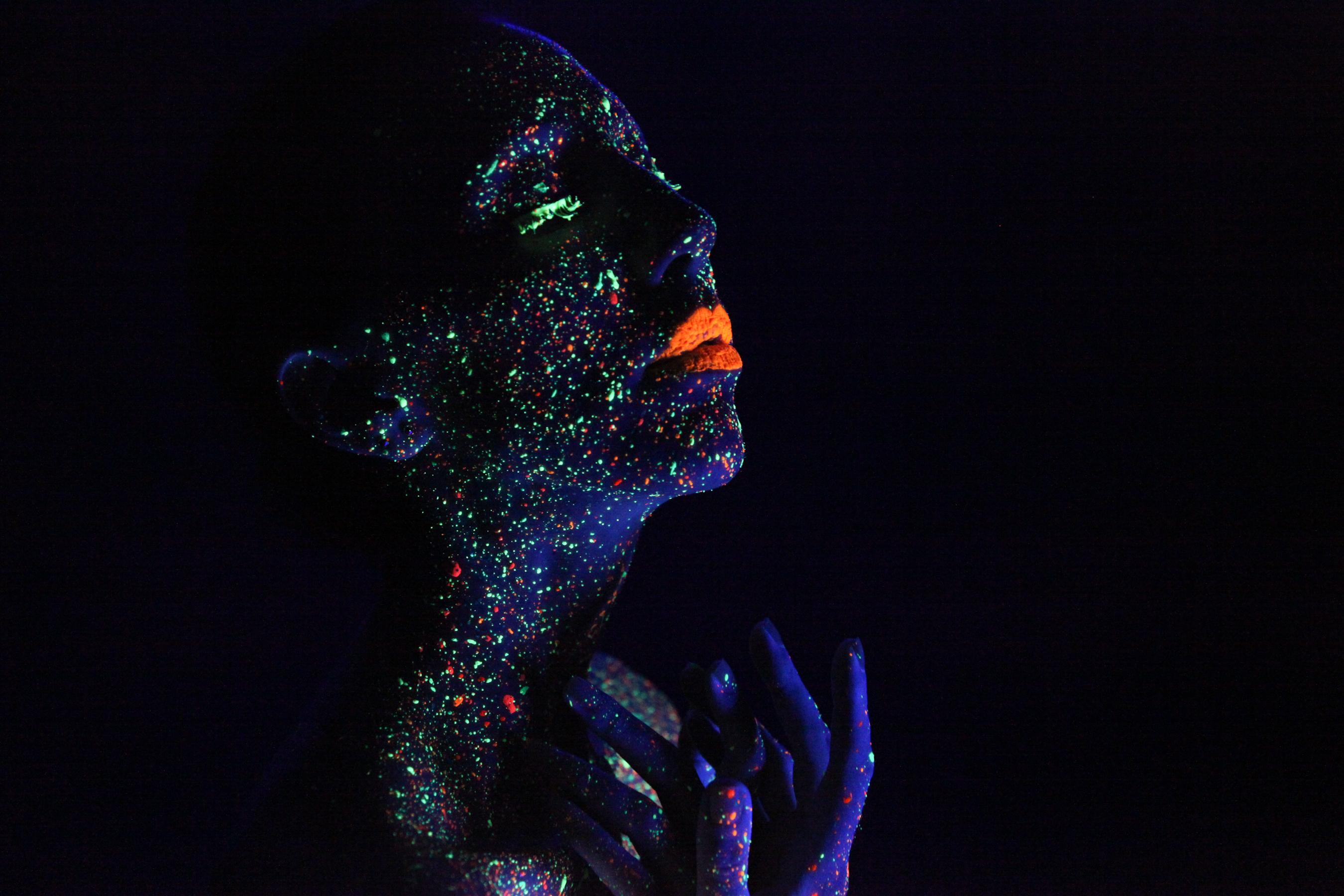 glow-5 by xstockx