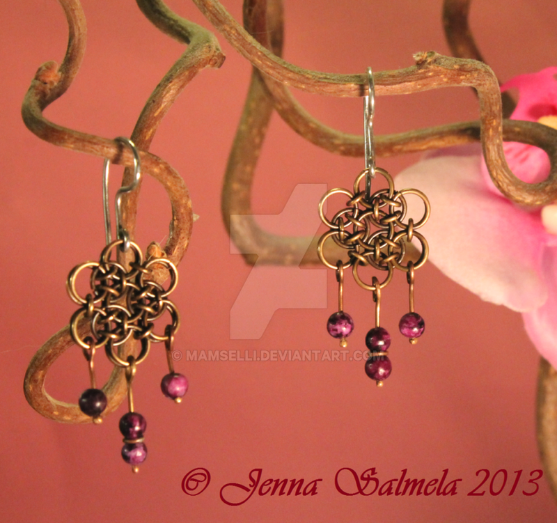 Dragonscale earrings by Mamselli
