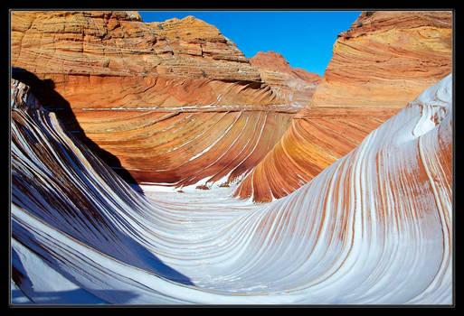 Snowy Wave
