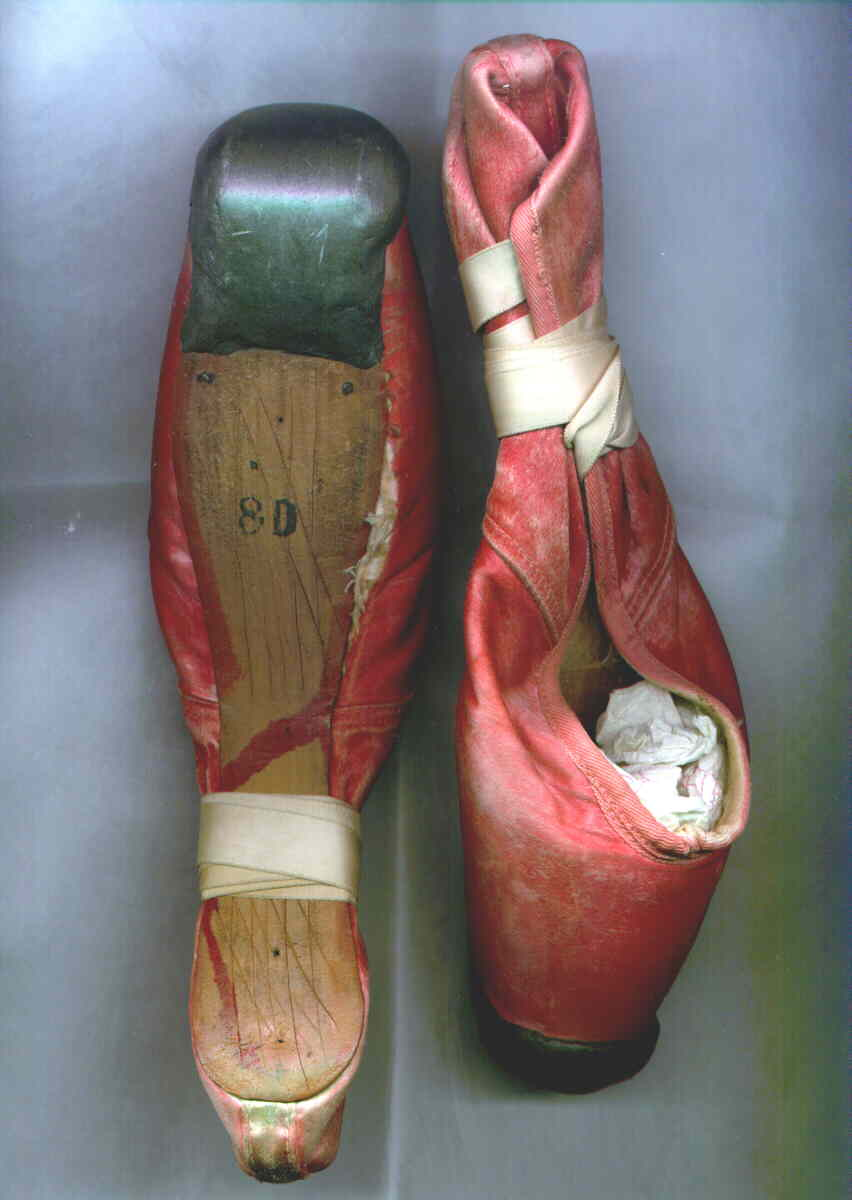 Watch Ballet Shoes Online Free Viooz