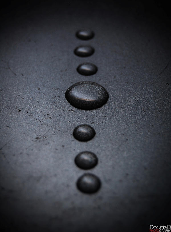 drops.... by DoubbleD