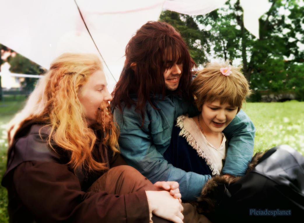 Auntie Bilbo by x-Pleiades-x