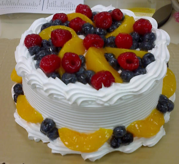 Cake With Fruit Topping : Fruit Topped Cake by Larissa-Rasputin on DeviantArt