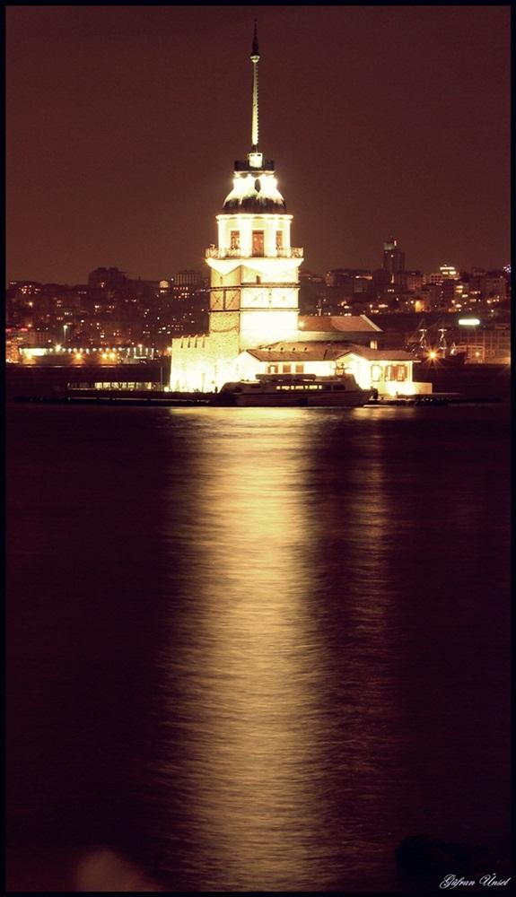 Kiz Kulesi by gufranunsel