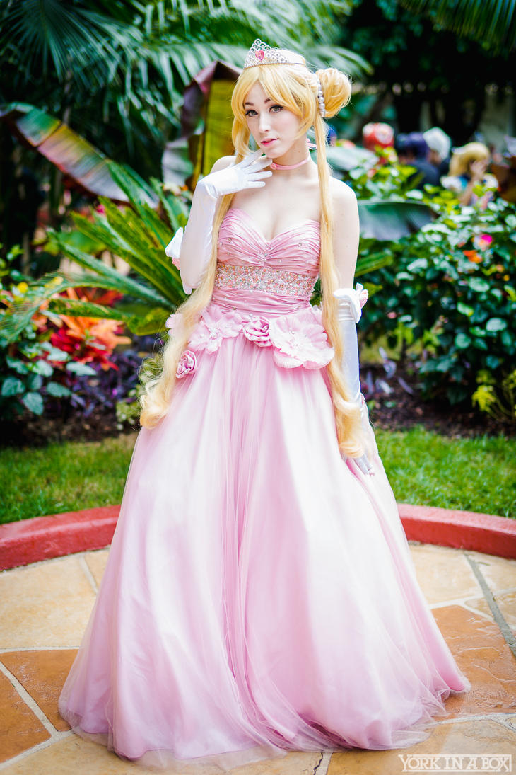 Ball Gown Usagi by niicakes on DeviantArt