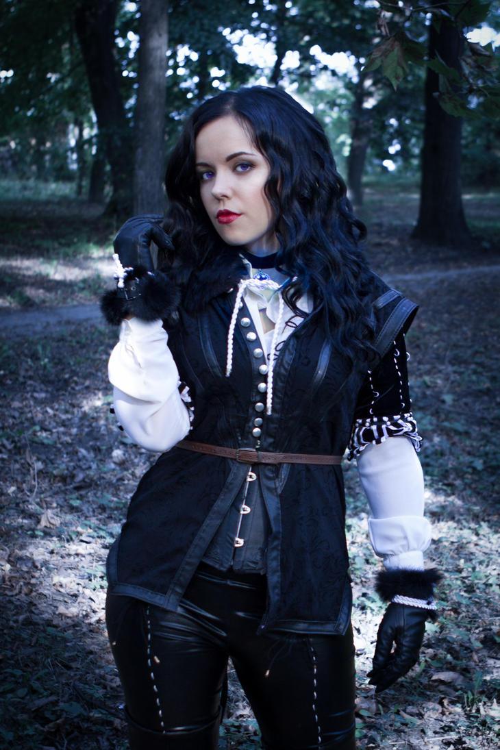 yennefer_cosplay_4___the_witcher_3_wild_