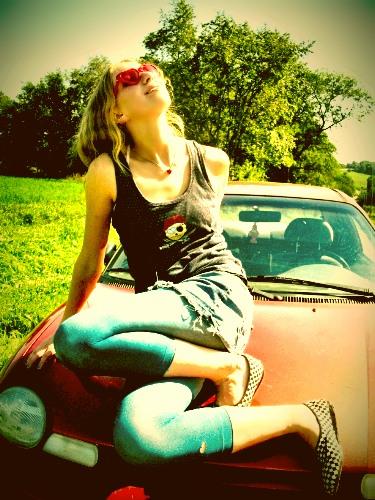 summer by super glue - �u avatarLar Ka�Maz =)