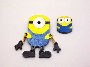Minion brooches with moveable pieces