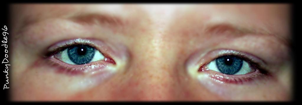 Blue eyes by PunkyDoodle96