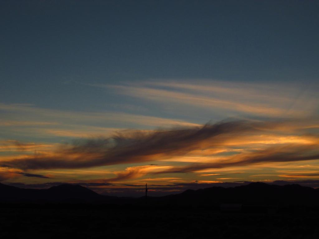 Whispy Sunset by PunkyDoodle96