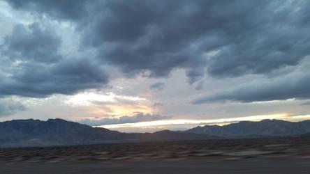 Desert sky by PunkyDoodle96
