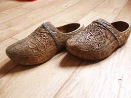 Marker weddingshoe by woodcarve
