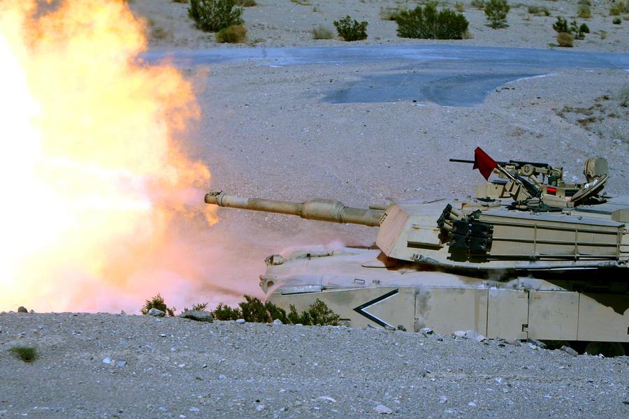 M1A1 Abrams by MilitaryPhotos