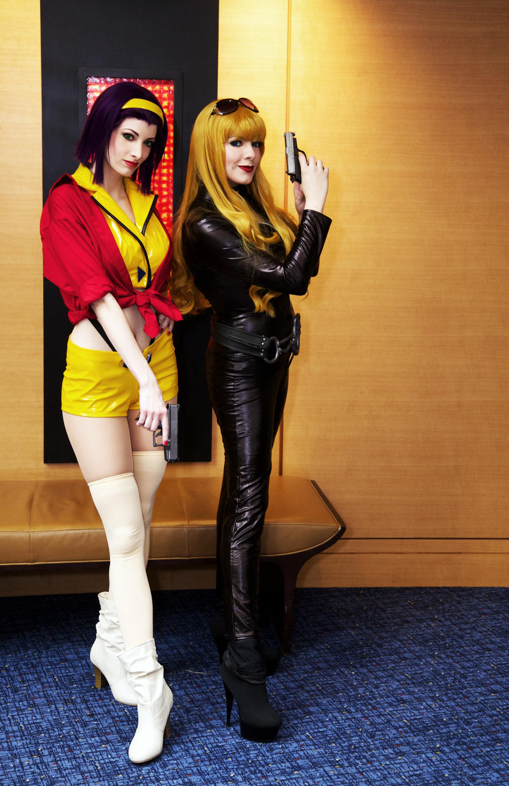 Cowboy Bebop Cosplay - Faye and Julia MomoCon 2013 by Kapalaka