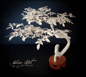 The Oak Bonsai, strength and longevity wishes.
