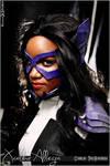 Helena Wayne - The Huntress Cosplay Portrait photo