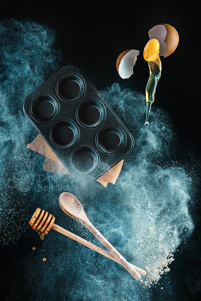 Kitchen mess: honey muffins by dinabelenko