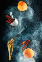 Kitchen mess: cinnamon cupcake by dinabelenko