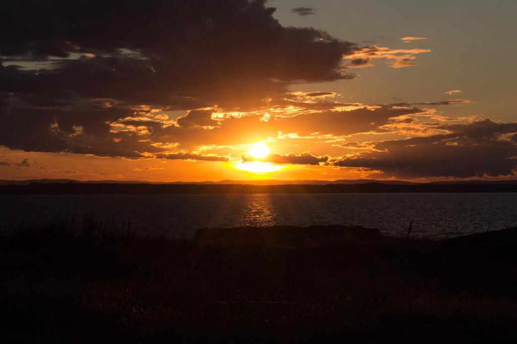 Sunset by Sundseth