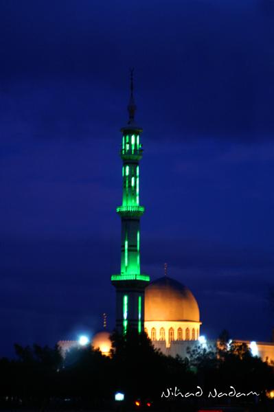 اقتصار مكبرات الصوت صلاة التراويح mosque_by_nihadov.jp