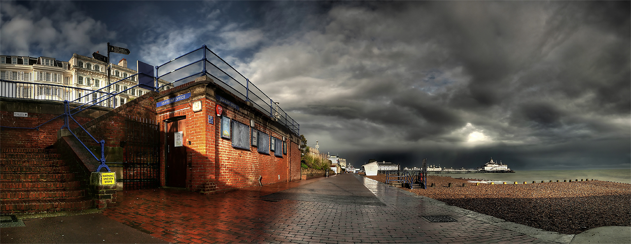 Seafront Office by wreck-photography