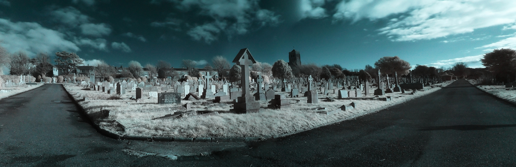 IR Graves by wreck-photography