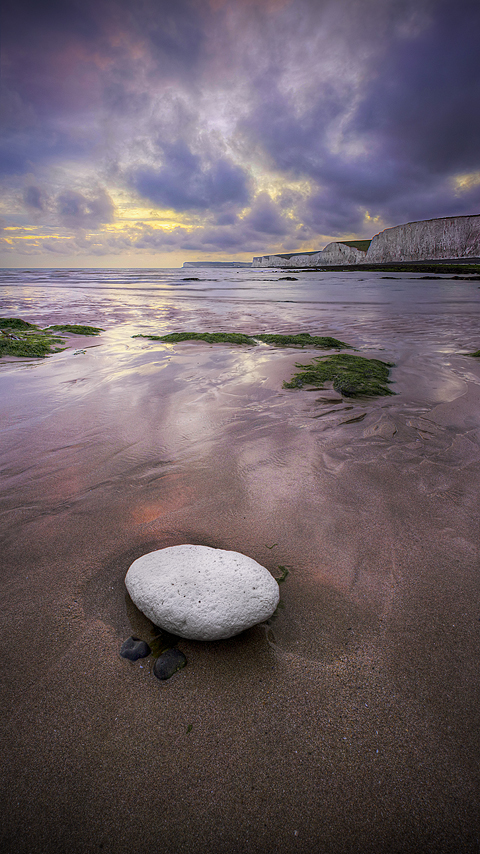 All White by wreck-photography