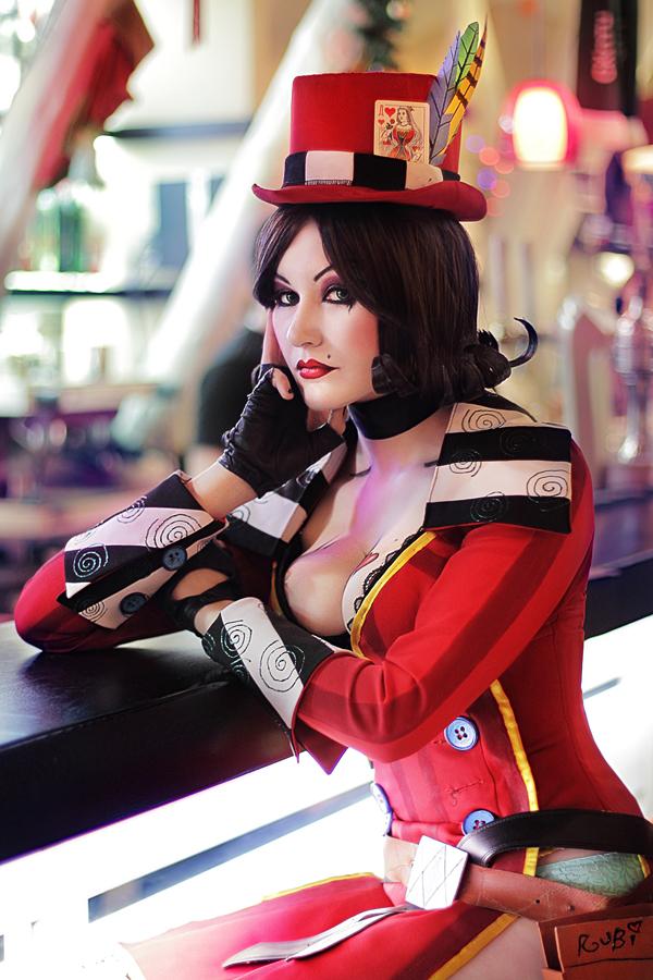 moxxi cosplay 2 Borderlands
