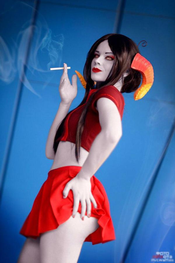 Smoking lady by JulchenBeilshmidt