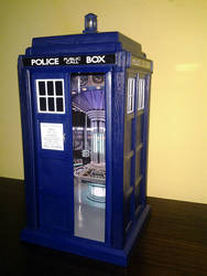 Little Tardis for 3.75 Inch figures