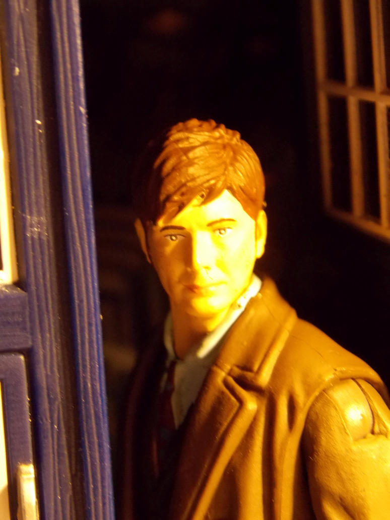 10th Doctor Upclose - 3.75 by DoctorWhoNC