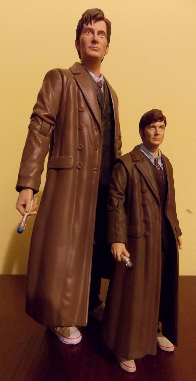 10th Doctor and Mini-Me Doctor by DoctorWhoNC