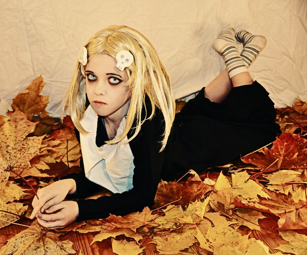 Lenore Cosplay | via Tumblr by nina (anonimato) blast | WHI