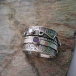 Stoned Twiddle Ring