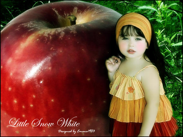 Little Snow White by Emane1983
