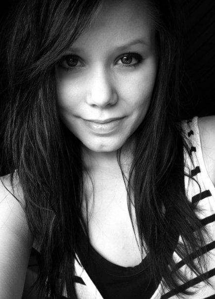 Emeeliie's Profile Picture