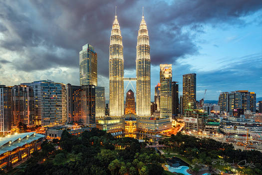 .:Petronas Twin Towers:.