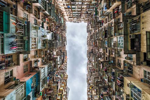 .:Urban Monoliths:.
