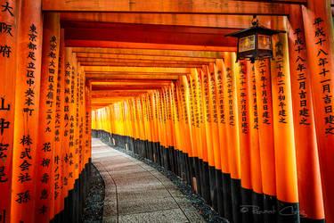 .:Fushimi Inari:. by RHCheng