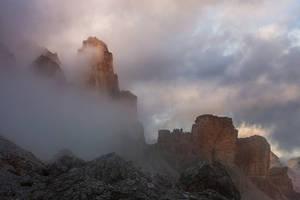 Dead Mountains by RobertoBertero