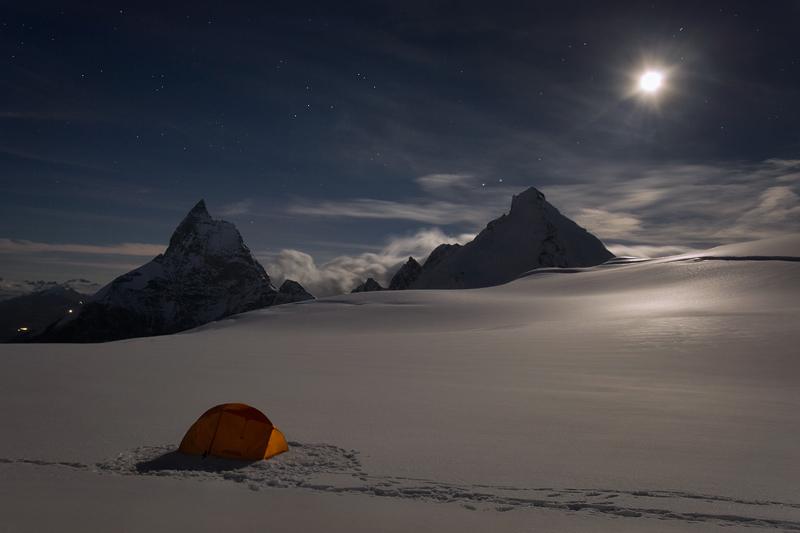 A Night on Stockji Glacier by RobertoBertero