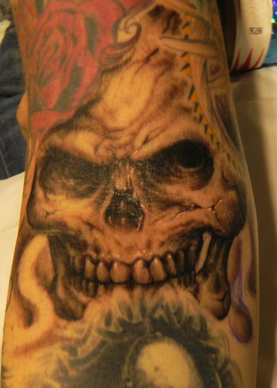 Skull Hand by jamiehenderson