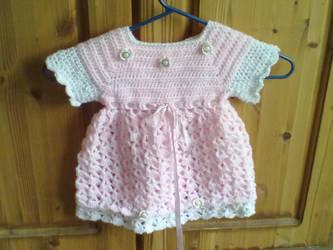 Childs dress crochet by UisceChroi