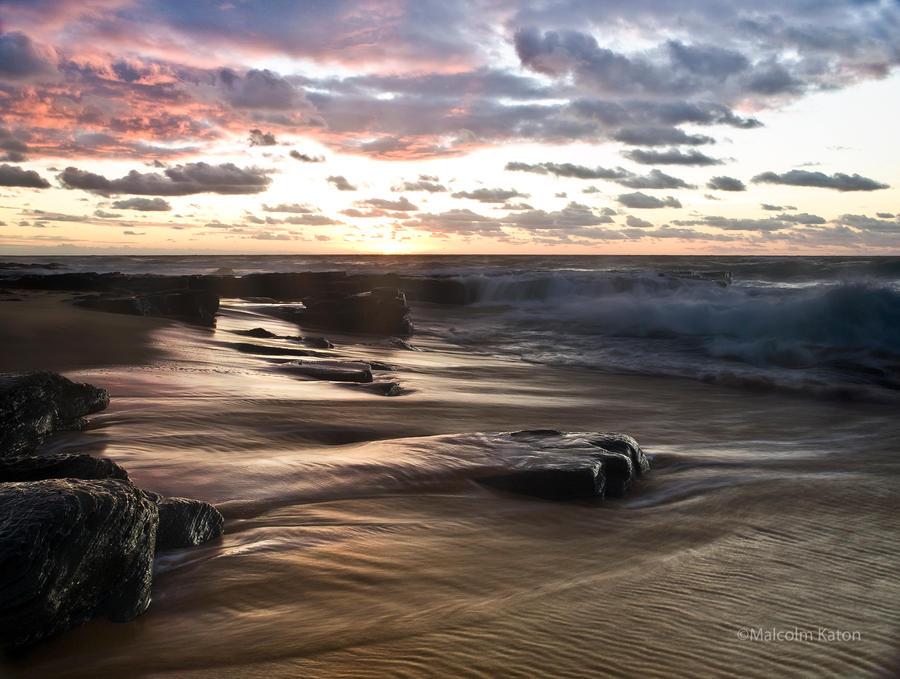 Garie Dawn by FireflyPhotosAust