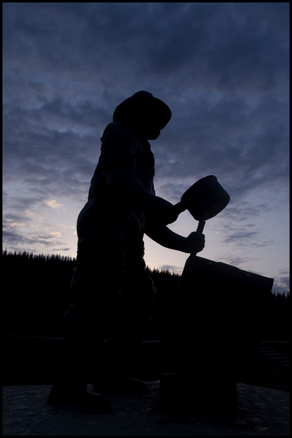 Dusk for the miners, Yukon (2003) by hoshq